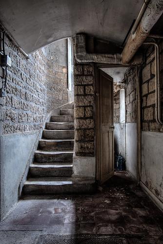{Urbex} Villa de l'ambassadeur - La cave