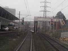 Haltestelle Bern Wankdorf (Thomas Neuhaus) Tags: schweiz eisenbahn bern haltestelle ostermundigen führerstandsfahrt vorsignal hauptsignal sbahnbern bernwankdorf signalsysteml wilerfeld