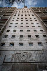 Maison Radieuse - le Corbusier, Rez (44) (Jrme Cousin) Tags: nikon cit le 28 tamron maison loire nantes 44 corbusier immeuble atlantique radieuse 2470 rez d700