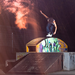 Alex Mohr - Topacid (lui summer) Tags: urban sports sport canon crazy extreme rail skate shutter inline rollerblading blade rollerblade grind inlineskating rolling rollerblades strobe skaten shutterdrag inlineskate strobist kinkrail rollerbalde