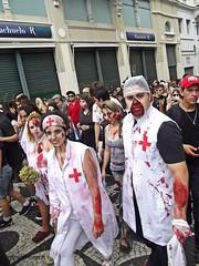 Zombie Walk - Curitiba (loesch.) Tags: brazil paran brasil arte zombie maquiagem curitiba festa zombiewalk