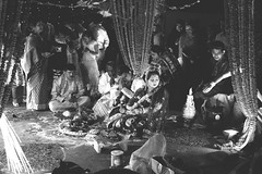 Traditional all the way (Hermaenos) Tags: life wedding people bw monochrome canon hindu 6d vftw