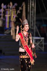 ratu kalimaran (kalumbiyanarts colors) Tags: sabah cultural dayak murut murutdance kalimaran2104 murutcostume sabahnative