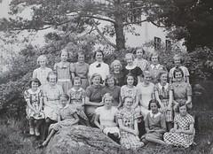 Norra ngby Folkskola, klass 6b, vrterminen 1937 (Olle Sundh) Tags: stockholm norra skola klass bromma svv skolfoto ngby folkskola skolbarn vultejusvgen
