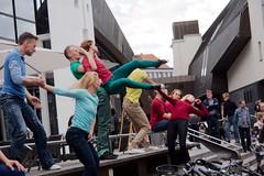 Flustcke015 - -_MG_8656 (thomesy) Tags: deutschland europa kunst tanz nordrheinwestfalen mnster mnsterland stadtbcherei deugermany nrwnordrheinwestfalen srasenkunst flurstcke015 chelyabinskcontemporarydancetheater miniaturesformuenster