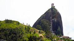 Guatapé / Colombia (Dünya Turu Günlükleri) Tags: guatape colombia seyahat south sırtçantalı trip turu travel tour tur turizm seyyah güney gezgin dünya world tepe hill meteor kolombiya medellin la piedra amerika america