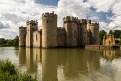Castle (Keith in Exeter) Tags: castle moat water reflection medieval sussex england uk building architecture tower wall battlement outdoor bodiam