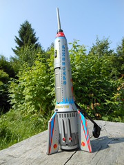 Mickys toys (Jeanette 770) Tags: vintage toy raumschiff spaceship windup spielzeug mtp rakete blechspielzeug