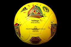 KATLEGO OFFICIAL AFRICAN CUP OF NATIONS CAF SOUTH AFRICA 2013 AUTHENTIC FINAL MATCH USED WORN ADIDAS BALL NIGERIA VS BURKINA FASO 02 (ykyeco) Tags: africa city cup ball football official fussball top african soccer south ballon used final worn nigeria match vs bola adidas caf johannesburg nations authentic pelota burkina palla balon pallone pilka faso    omb   matchball 2013 of spielball katlego