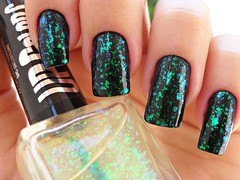 Black - Avon + Flocado - Up Colors (Lais Eustáquio) Tags: colors up preto avon unha esmalte flocado
