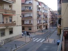 vistas al sur y a levante, muy soleado todo exterior. En su inmobiliaria Asegil en Benidorm le ayudaremos sin compromiso. www.inmobiliariabenidorm.com