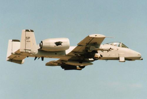 Fairchild A-10A Thunderbolt II 82-0654 - USAF 81st FS - RAF Fairford 1999 (anorakin) Tags: 1999 usaf fairchild raf fairford riat a10a thunderboltii 81stfs 820654
