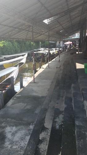 Bangkok Floating Market Canal 20161011_091547_001-1430745535