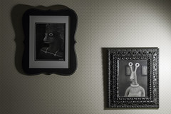 """Family"" Portraits (fotosdenada) Tags: drawing dibujo raro weird strange charcoal carbono carbón carboncillo arte art"