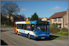 It was supposed to be so easy........ (Jason 87030) Tags: stagecoach 34591 kp04gzl dennis dart shackletondrive ashbyfields daventry northants northamptonshire roadside shot sony a6000 alpha ilce nex lens sunny morning march 2017 rugby houses luck lack sky lighting vehicle publictransport