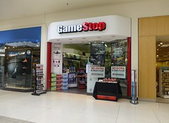 Game Stop in Mansfield (Ontario), Ohio (Fan of Retail) Tags: road ohio ontario retail mall former stores mansfield richland gamestop 2013 babbages lexingtonspringmill