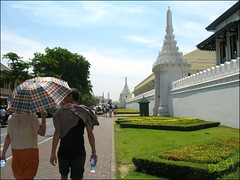 Shaded Stroll To The Palace (suavehouse113) Tags: street wall umbrella thailand temple landscaping bangkok wat footpath philscamera landscaped thegrandpalace naphralan