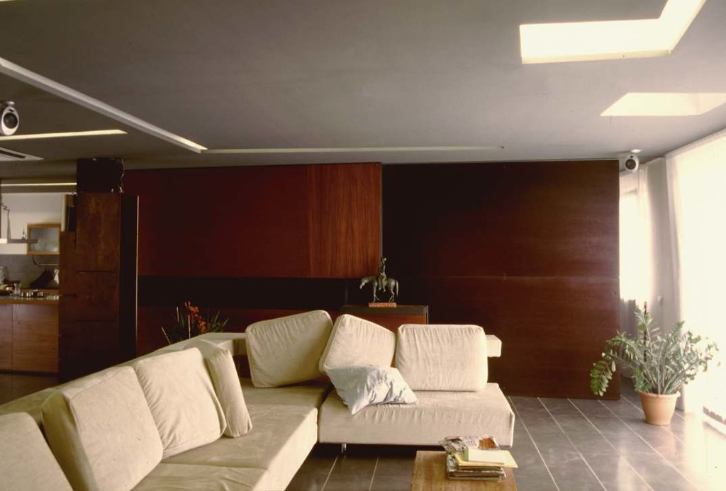 Arredo casa napoli emmeti arredamenti contract su misura for Arredo terrazzo napoli