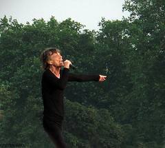 Strut (peterphotographic) Tags: park uk england musician music london concert britain live stage gig livemusic hydepark rollingstones mickjagger royalpark canong12 img2495edwm