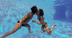 Kiss (mypixbox) Tags: blue boy summer love water pool girl swimming kiss couple estate piscina lovers bagno bacio bisous