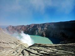 Ijen Trip 2013 (zulfikaralex) Tags: mountain indonesia landscape photography volcano foto mount crater gunung sulfur tambang jawatimur ijen kawahijen banyuwangi bondowoso belerang