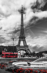 Romantic Paris :) (Maria_Globetrotter) Tags: red bw white black france color colour bus tower fountain beautiful photoshop canon wow la cool fantastic frankreich colours torre toren awesome sightseeing landmark eiffel visit icon tourists powershot list coloring romantic frankrijk split eiffelturm der effect francia selective lightroom frankrike schindlers s100 kulesi  eiffeltornet francja wiea eiffla  img5663 ifeltuerm