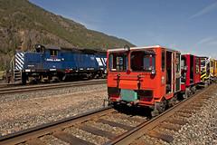 MRL 113 and Speeders Paradise Montana (Trevor Sokolan) Tags: railroad usa america train us montana paradise diesel rail railway railcar locomotive local fairmont speeder mrl motorcar mt19 emd gp9 narcoa