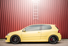 VW Golf Gti Pirelli Edition (Alexis.oliva) Tags: car sport yellow vw canon volkswagen french fun eos photo cool automobile photoshoot oz 5 engine automotive german 7d passion gti edition pss bilstein pirelli mkv séance b14 mk5 soud tfsi ultraleggera