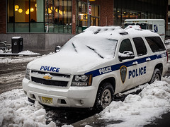 NY Port Authority police, driving blind - LR4-2050705-web (David Norfolk) Tags: olympus em1 1240mm