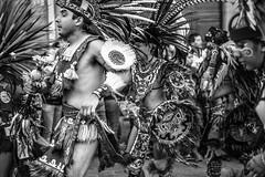 Querétaro BN -7108 (Jacobo Zanella) Tags: concheros queretaro mexico fiesta danza lacruz centrohistorico septiembre traje conchero plumas blancoynegro desfile costume feathers dancing parade street local tradition noisy folk vitality moving crowd real authentic people group detail blackandwhite bw celebration religious canon 5d 2470 canonef2470mmf28lusm september 2013 jacobozanella jz76