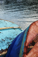 REST time... (Ruby Augusto) Tags: beach boats bertiogasp litoralnortepaulista nikond5000