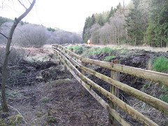 Repaired fence near MP13 12Apr13