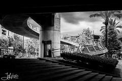 Screw axis (JGF Photo) Tags: city bridge urban bw espaa white black byn blanco stairs puente spain curves negro balls ciudad bn bolas bilbao urbana helix billard escaleras billar curvas hlice