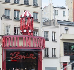 Paris. Moulin rouge (Traveling with Simone) Tags: red paris france building monument windmill architecture outdoor landmark moulinrouge canonpowershot