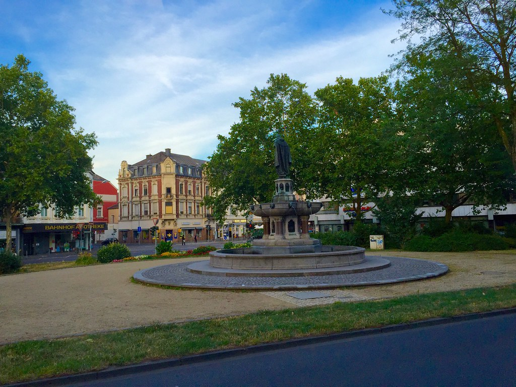 The World's newest photos of brunnen and trier - Flickr ...