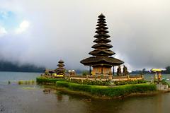 Bedugul Temple (hengky [photoworks]) Tags: bali lake indonesia temple destination beratan bedugul