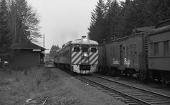 CP Rail, Parksville, BC (R R Horne) Tags: railroad en station vancouver train island bc rail railway trains depot cp railways parksville railroads fav10 rdc1 rdc2