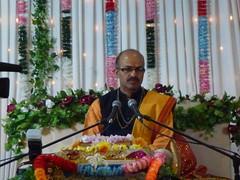 Katha on Mataji Arvindbhai Leicester 030 (kiranparmar1) Tags: leicester story event priest hindu guru katha brahmin mataji recitals 2013 sanatanmandir arvindbhai