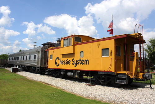 Chessie Caboose & Dining Car - Jackson, TN