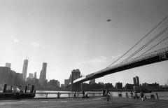 Brooklyn Bridge (film.pixel) Tags: nyc blackandwhite bw newyork film analog hc110 brooklynbridge a1 24mm canona1 expiredfilm epsonv500 filmpixel ilfordfp4plus125expired2002