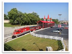 All Aboard (bogray) Tags: train bluegrass lexington ky locomotive emd gp382 dieselelectric centralkentucky rjcorman lexingtondinnertrain