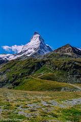 Matterhorn (albisserl) Tags: mountain schweiz switzerland path che zermatt matterhorn wallis cantonwallis