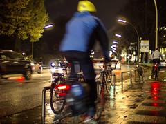 late home tonight (Paul und Lotte) Tags: autumn motion fall wet rain bicycle night germany deutschland cycling nightshot nacht hamburg herbst motionblur cycle fahrrad regen nachtaufnahme hansestadt nass bewegungsunschärfe stgeorg radfahren anderalster hamburgstgeorg