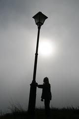 IMG_4391 (Pedro Montesinos Nieto) Tags: blancoynegro blackwhite niños soledad niebla ageofinnocence laedaddelainocencia frágiles