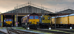 Class 66/0 no's 66070 & 66172 with class 09/2 no 09201 at DB Knottingley Depot on 19-02-2014 (kevaruka) Tags: canon yorkshire britishrail southyorkshire freightliner class66 ews networkrail class09 knottingley dbschenker knottingleydepot canoneos5dmk3 ilobsterit vision:outdoor=064 vision:sky=0594 vision:car=0658 canonef70200f28ismk2