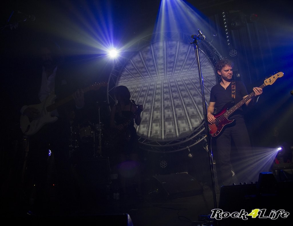 Infloyd 12-04-2012 W.K (15)