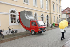 DSC_0834-1 (K.-H. Aberle) Tags: house art car germany kunst noparking mobil karlsruhe parken hauswand erwinwurm halteverbot parkverbot kfz kraftfahrzeug d810 fusgngerzone ka300 platzsparend stadtgeburtstagkarlsruhe