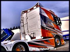 STM TRUCKMEET 2015 F900- PS-Truckphotos 3105 (PS-Truckphotos) Tags: stmtruckmeet2015f900pstruckphotos truckshow truckmeet sweden sverige finland norway trucks strngns bjrkvik truck meet stm2015 supertrucks pstruckphotos 2015 stm schweden lkw showtruck showtrucks lastwagen strngnstruckmeet longtrotter lkwfotos truckpics truckphotos lkwpics trucking fotos truckfotos lastwagenfotos lastwagenbilder lastbil lorry truckspotting truckspotter truckfoto europa europe lkwbilder supertruck camion