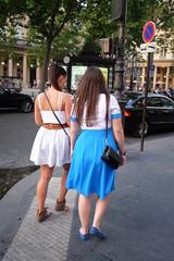 Paris style 412 (jmvnoos in Paris) Tags: girls woman paris france girl women fuji femme explore fujifilm fille palaisroyal 250 filles femmes 30faves 4000views 10faves 20faves explored parisstyle seeninexplore jmvnoos x100t