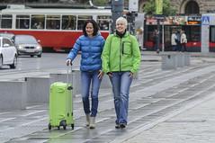 D3s_20130527_090037 (martin juen) Tags: vienna wien bus austria österreich wahlkampf grüne gruene aut oesterreich tourbus sommertour nationalratswahlen evaglawischnig martinjuen 27052013 evadecktauf 27mai2013